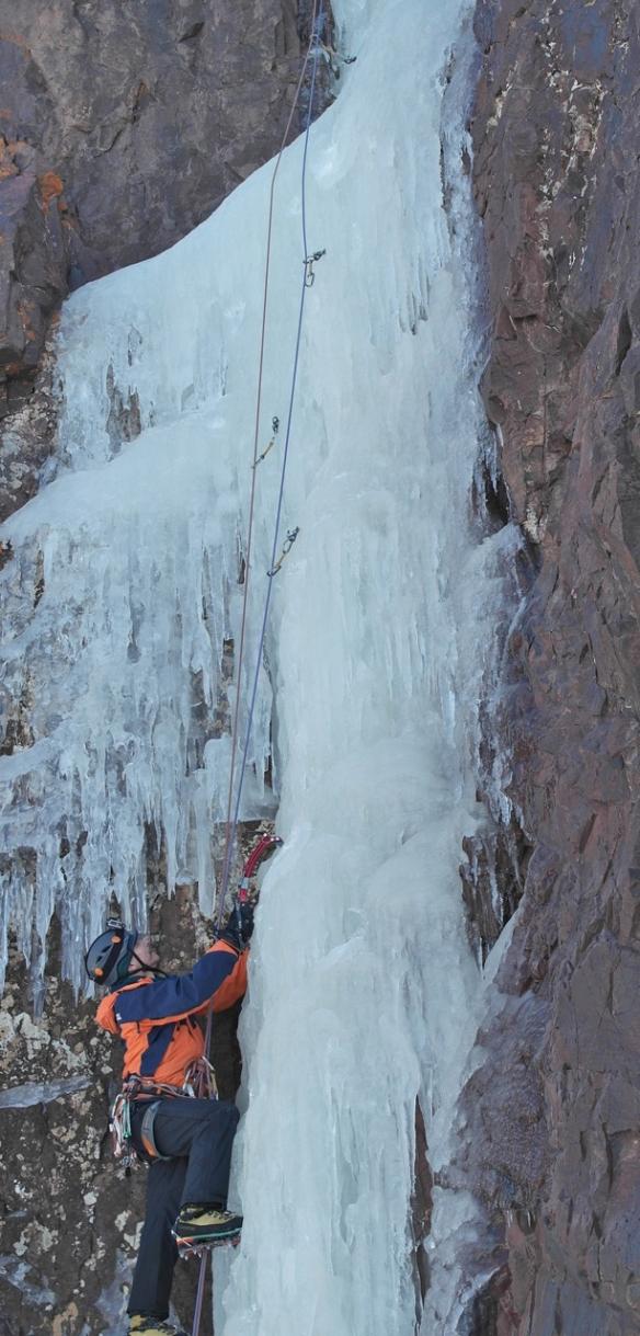 SAM_7491b-steep-ice